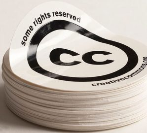 round-screen-printed-stickers