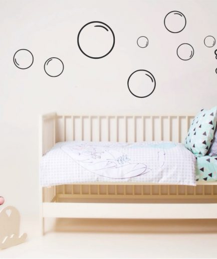 https://creativesilhouettes.ca/wp-content/uploads/2015/01/bear-and-bubbles-wall-decal-433x516.jpg