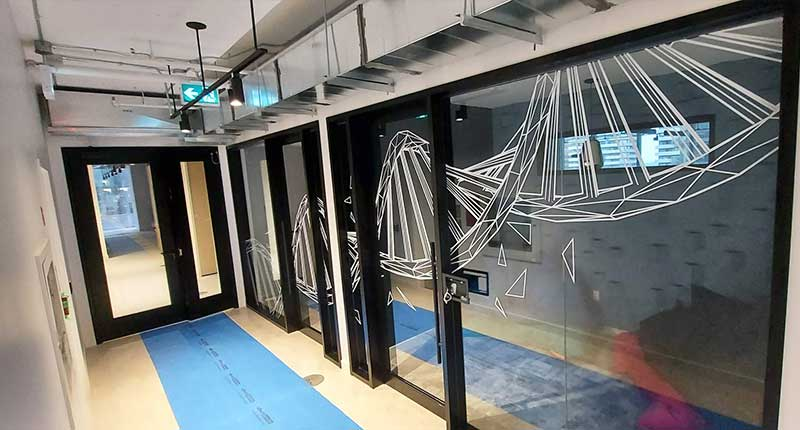 Clear Window Graphics